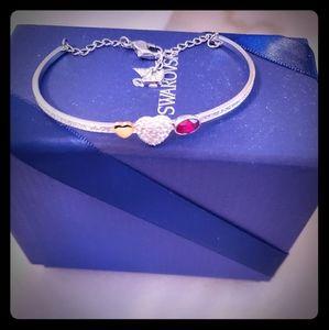 Brand New Sterling Silver Swarovski bracelet